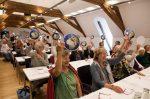 700 Seniorinnen fordern ein Grundrecht auf Gesundheit und ziehen eine Klage vor das Bundesverwaltungsgericht